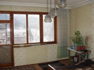 Тристаен апартамент в гр.Брацигово