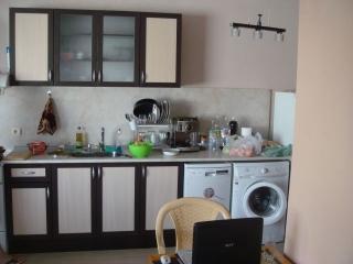 Тристаен апартамент в гр.Приморско