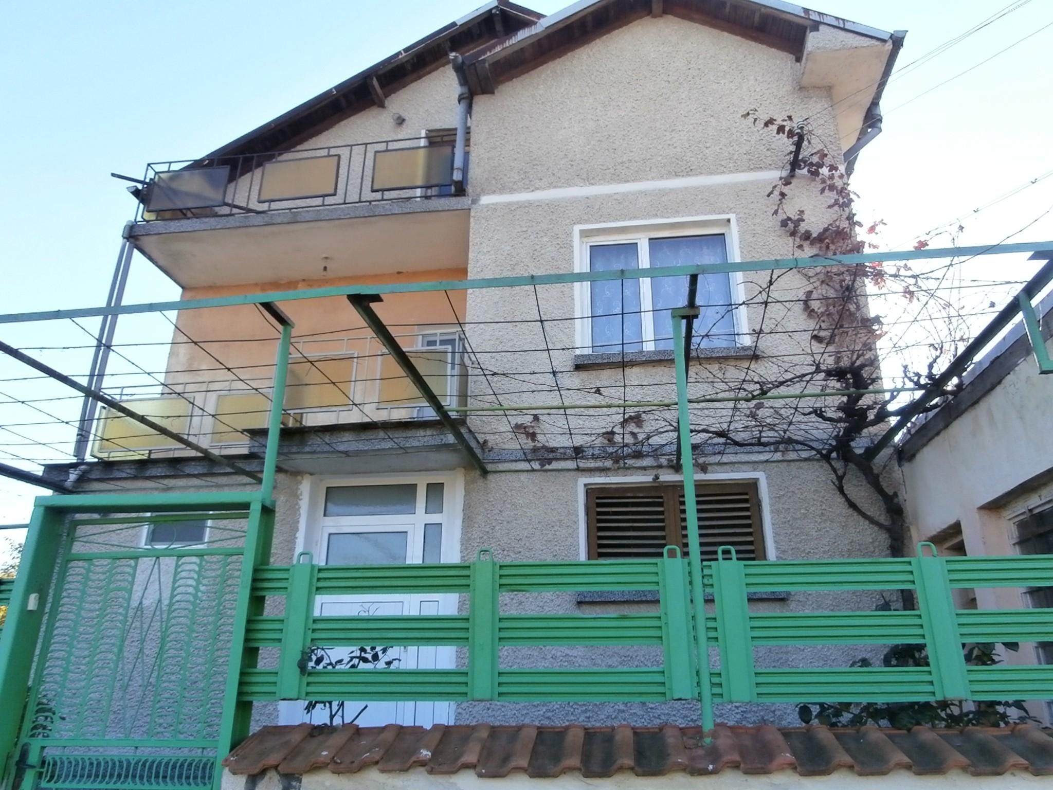 Къща в Мененкьово