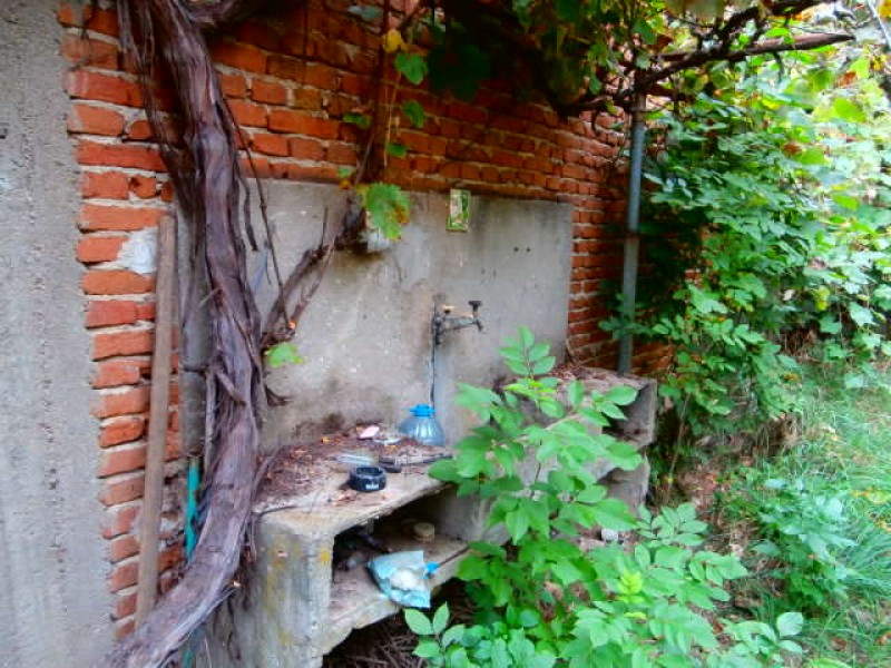 Къща в село Мирово