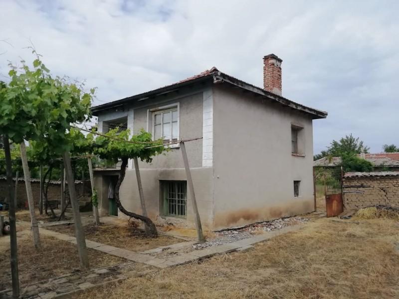 Къща в село Пищигово