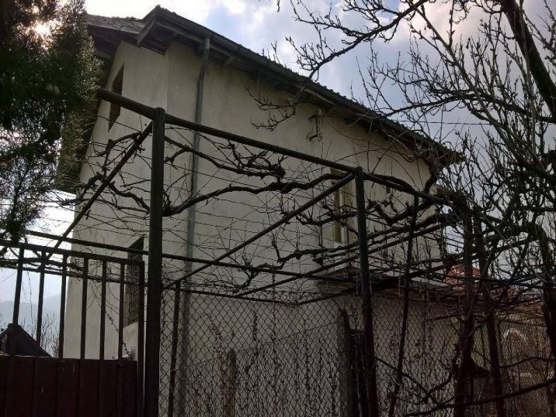Къща в село Симеоновец