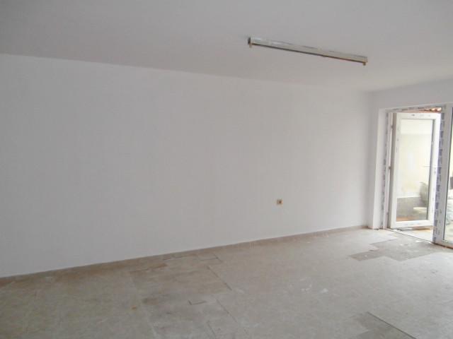 Офис в центъра на Пазарджик