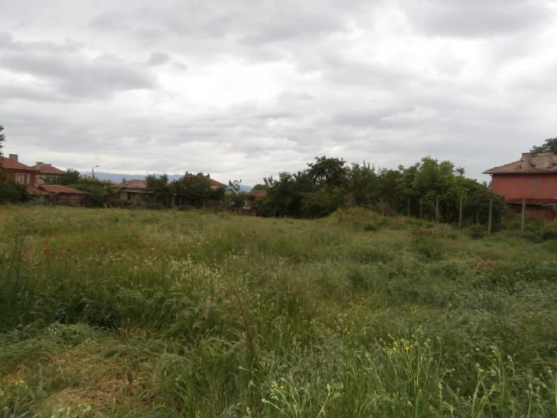 Парцел  село Ивайло
