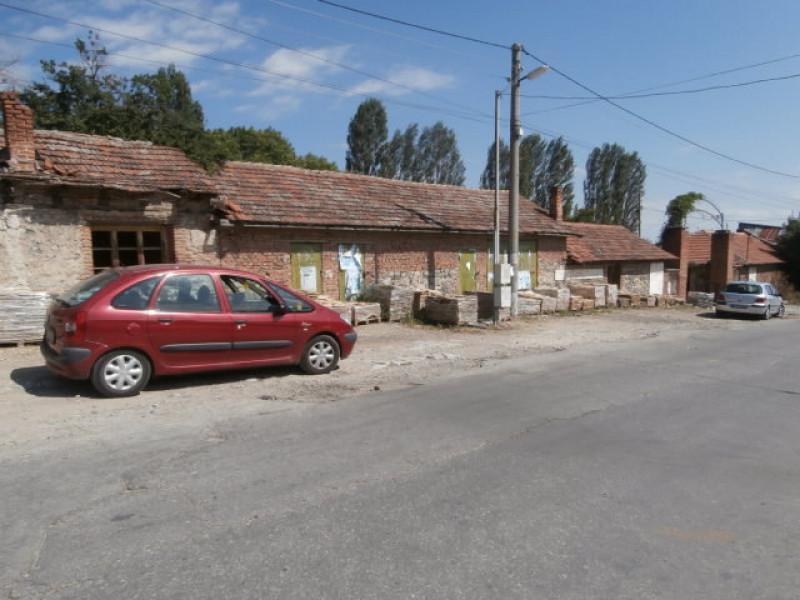 Промишлено помещение в село Варвара