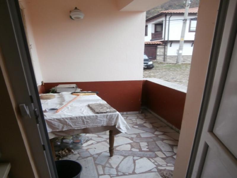 самостоятелна къща в Брацигово