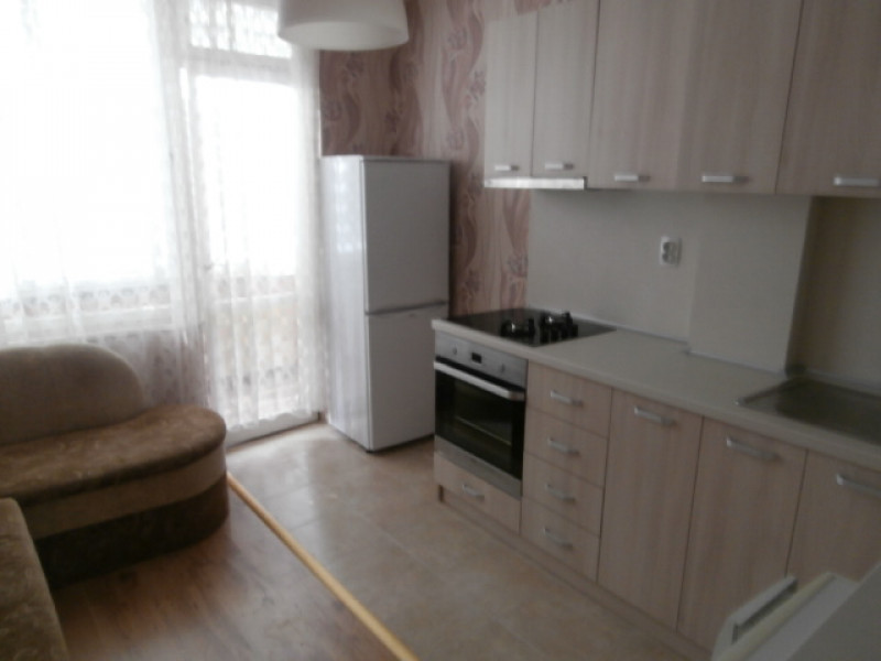 Тристаен апартамент в Пазарджик под наем