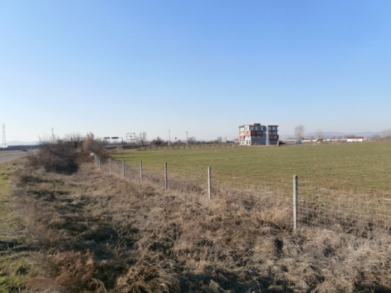 земеделска земя в Гелеменово АМ Тракия