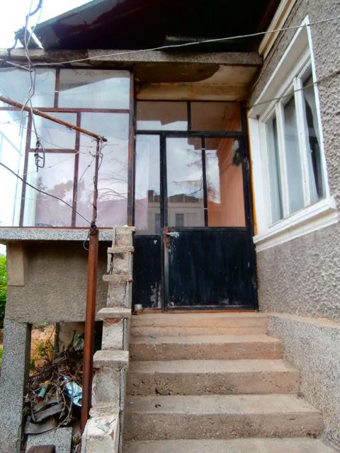 Къща с двор село Мененкьово