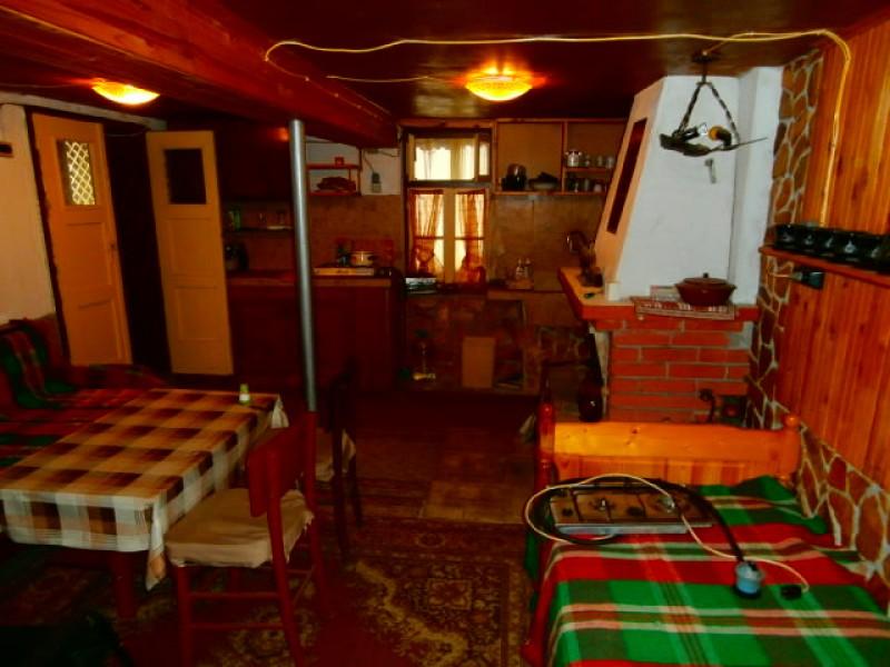 Къща в село Попинци